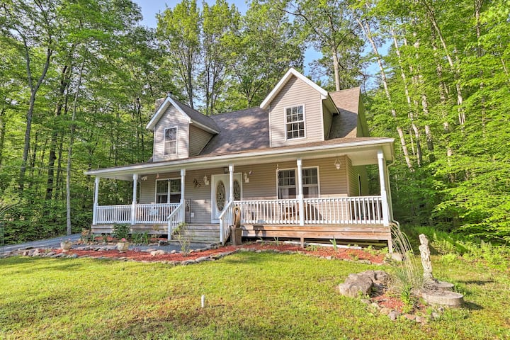 Secluded Pocono Lake House w/Large Deck & Fire Pit
