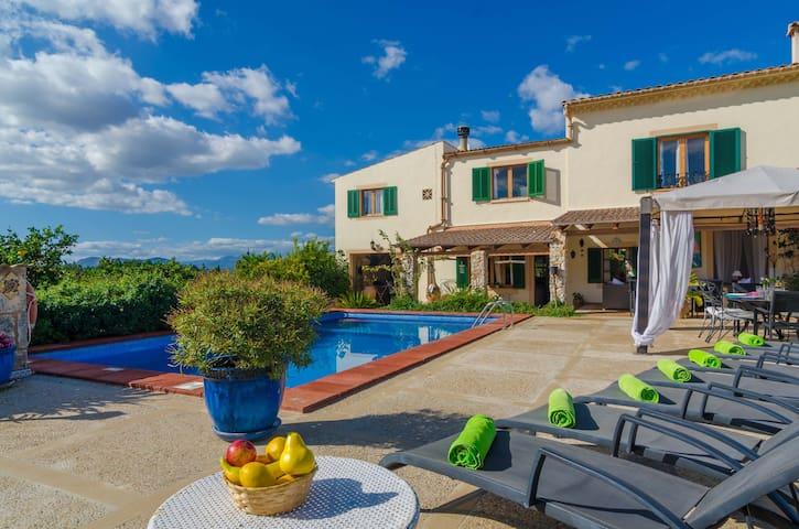 CAN RIUS - Villa with private pool in MURO.
