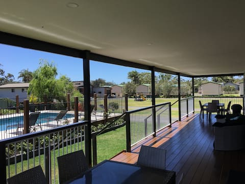 Laguna Lodge Luxury Poolside Unit 7