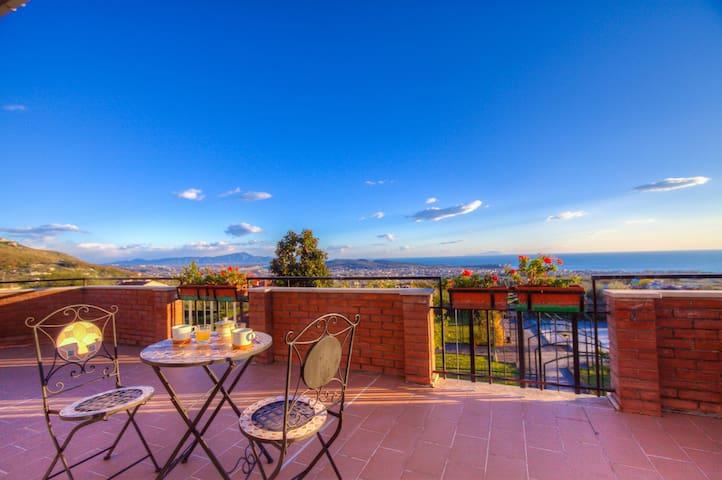 Sea view villa 6 bdr 4 btr WiFi Pool Garden Airco - Formia - Villa