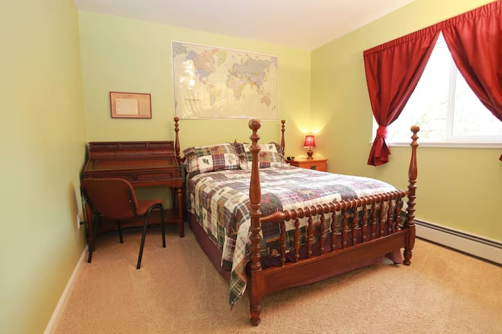 Rm 1~The Black Bear Room has a lakefront view & is the most private room. Alaskana décor, 4 poster bed, and secretary desk add to your experience.  Private bath. To optimize privacy, the other 2 rooms in this booking can only be used by your group.