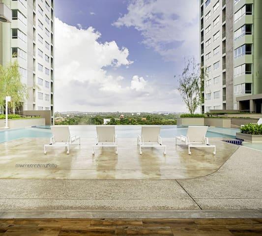 Lumpini Jomtien Seaview E22Inn #1 - Muang Pattaya - Condominio