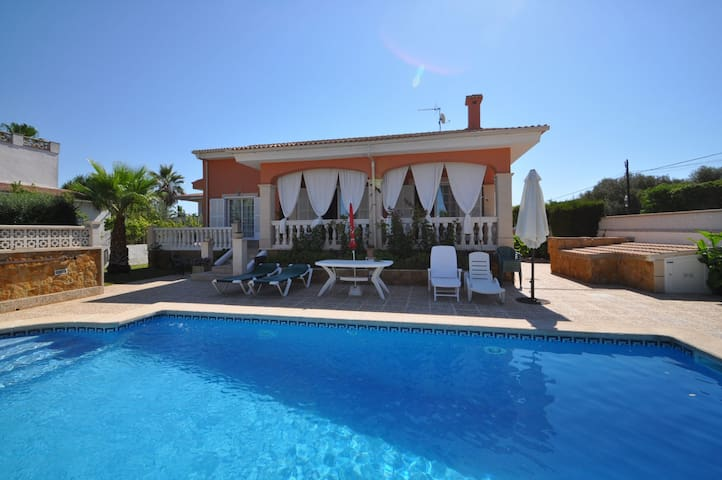 Holiday villa Eny located in Bahia Gran, Llucmajor, Mallorca