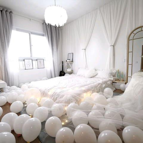 【栖云】 轻奢white room 3室 方特 高铁站 万达 星悦 雕塑公园 恒大影城