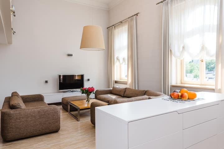 Rezydencja Radziwiłłowska – apartament z antresolą