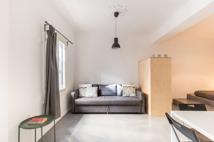 Cozy studio in the heart of Athens
