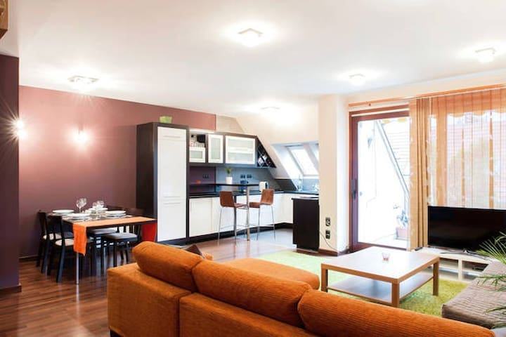 Premium flat in top location, with rooftop terrace - Budapest - Apartemen