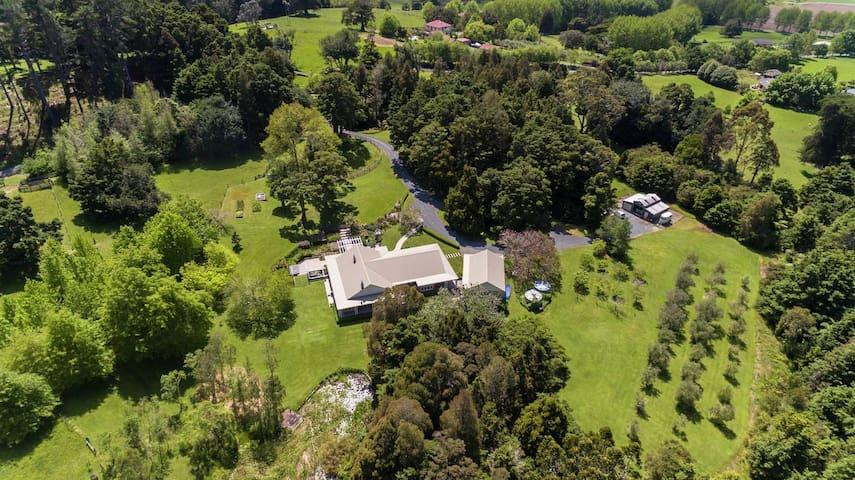 Rosewood Garden Retreat Matakana
