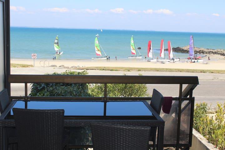 Appt Quiberon centre vue mer, wifi, vélos gratis