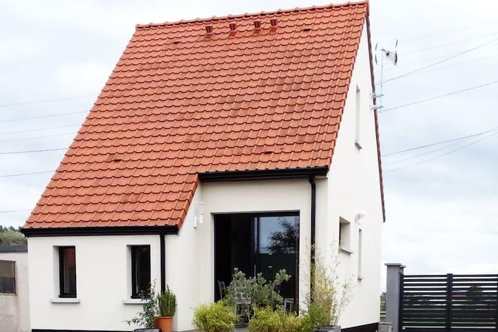 Maison individuelle St-Omer proche ville et marais