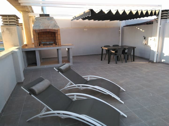 Ático con solarium privado, Parking y BBQ