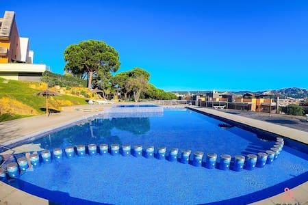 Sa Boadella beach apartment, Lloret de Mar 1