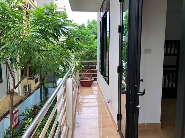 BigBed, 4-Bed Dorm—PrivateBath—Balcony—❝ChínChim❞