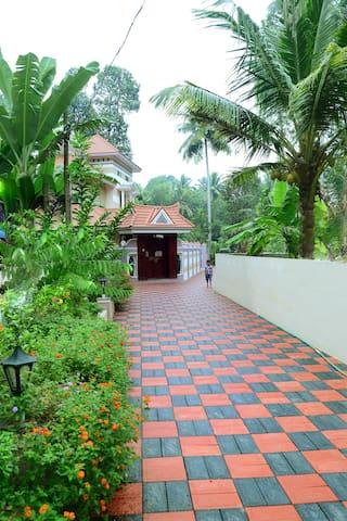 Lekha Prabha Gardens - Premium Retreat - Thiruvananthapuram - Haus