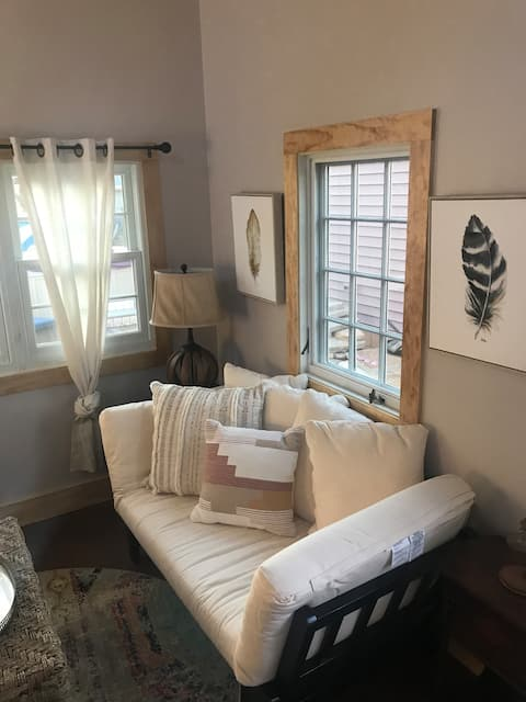 Beautiful Asheville tiny home get-a-way..