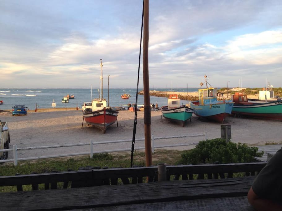 Struisbaai Harbour, 5 minute walk from the house