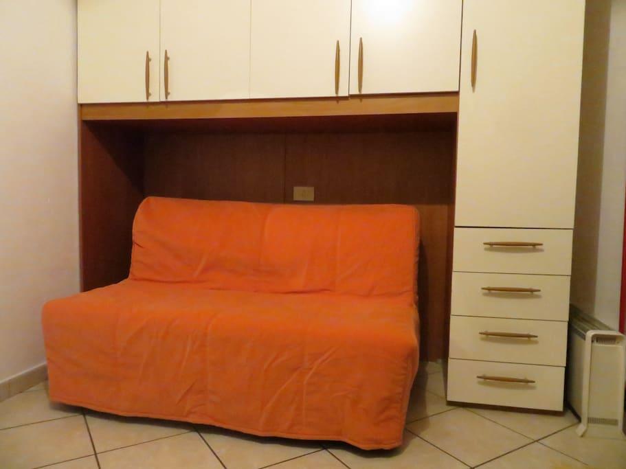 divano letto armadio