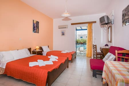 Apartment for 2 people, Drios Paros - Greece