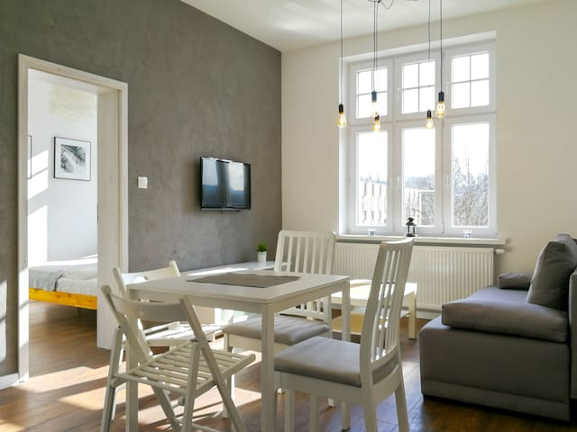 Bright Apartment with free parking place