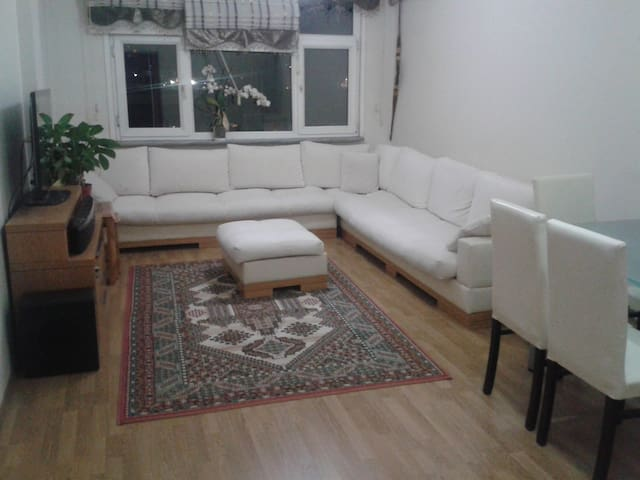 Flat in a central location - Bakırköy - Apartment