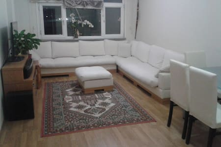 Flat in a central location - Apartment