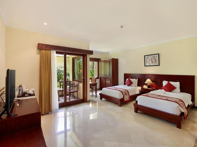 Light Room in Nusa Dua Luxury Resort + BREAKFAST