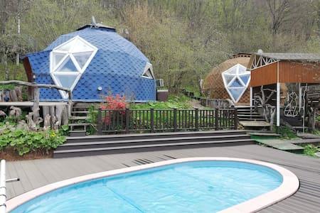 Купольные домики со всеми удобствами, сфера Мезмай
