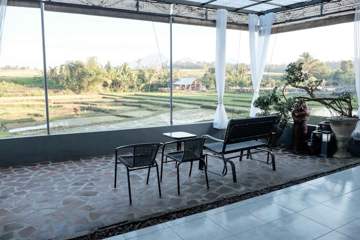 2BR house with rice field view (2) - Taman Ayun Mengwi - Casa