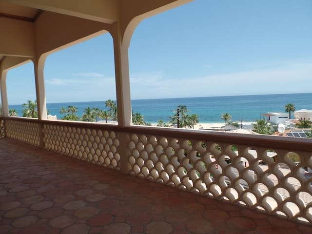 Seacow Palace by the Sea of Cortez