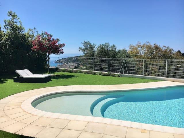 Villa proche Monaco 200m2 & Piscine