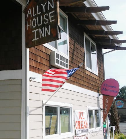 Allyn House Inn