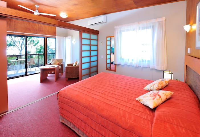 Bungalow, Groote Eylandt Lodge