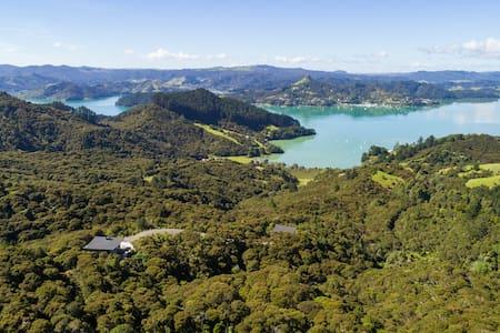 Kauri Hill Luxury Villa
