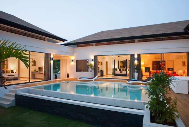 Luxueuse villa ,5min de la plage Luxury Villa