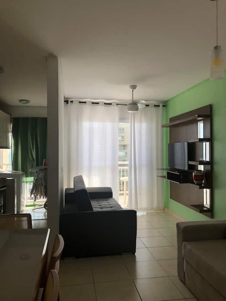 Apartamento avarandado a 200m da praia Cid. Ocian