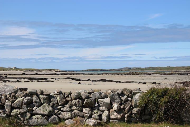 **Spectacular Beach Front Property In Connemara**