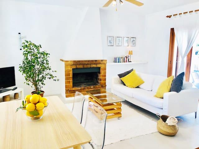 Beach House - Mallorca (Free WiFi)