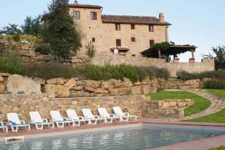 Il Colombaio -Attractive Villa in Chianti Classico - Gaiole In Chianti - Villa