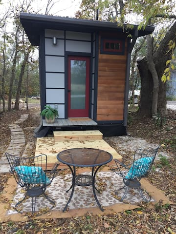 Solaire a Hideaway Tiny House