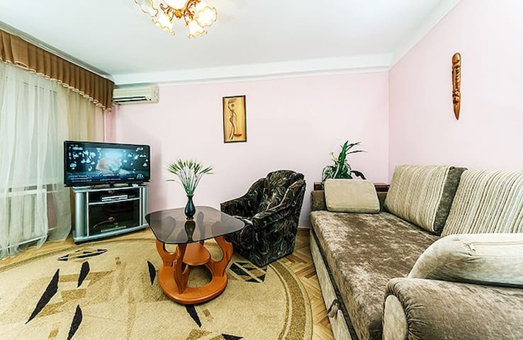 GREAT PRICE FOR 2 BEDROOM APARTMENT