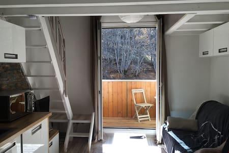 Joli Studio moderne et tout équipé - Allos - Appartement