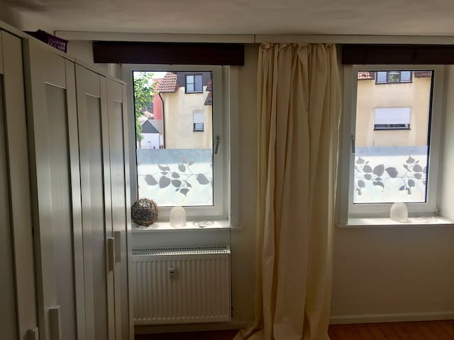 ferienwohnung am rammelsberg ks wilhelmsh he wohnungen zur miete in kassel hessen deutschland. Black Bedroom Furniture Sets. Home Design Ideas