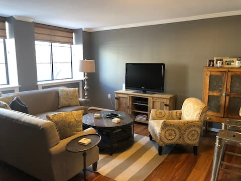 Private 1 Bedroom in the Heart of DC