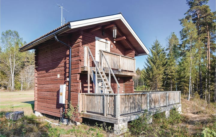 Stunning home in Ambjörby with Sauna, WiFi and 1 Bedrooms