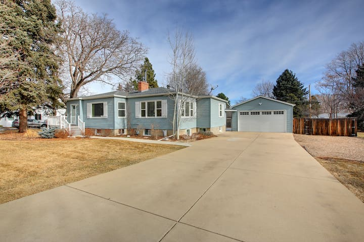 Immaculate Meadowlark Apartment~10 min to Denver!!