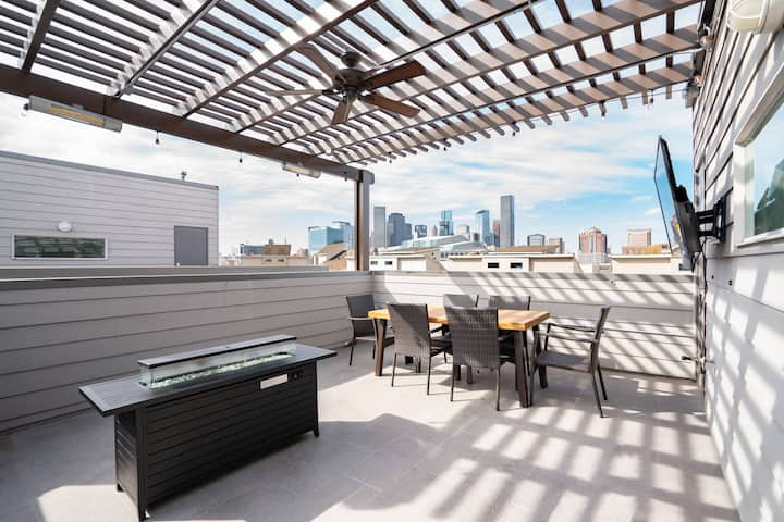 Rooftop City Views | Private Jacuzzi Tub❤️of HTown
