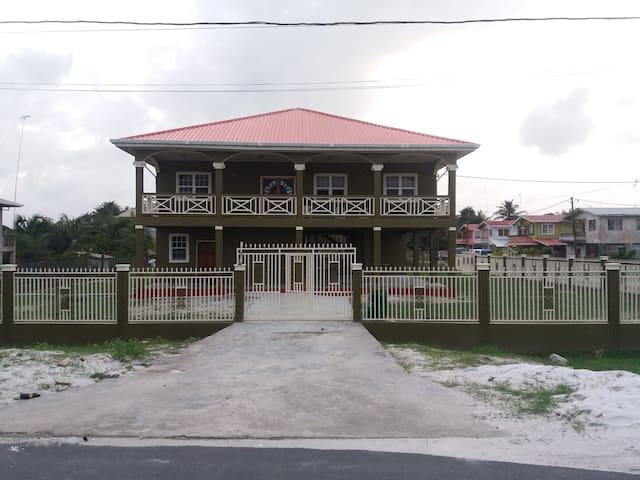 Parika Countryside Villa