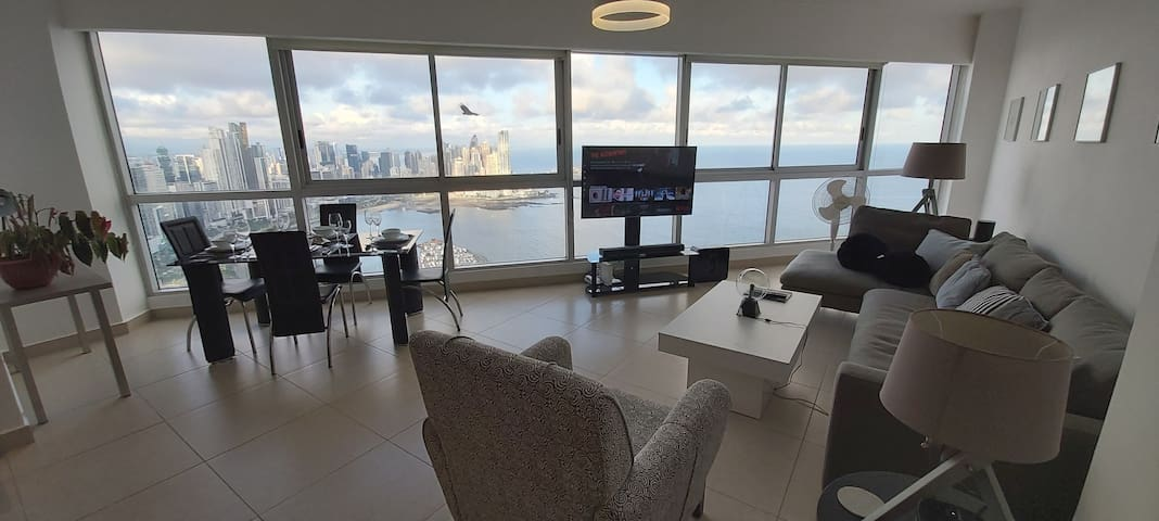 WONDERFUL Jr. Penthouse in the TOP of Panama