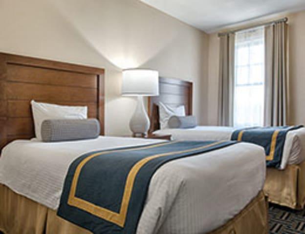 2 twin beds 2nd bedroom