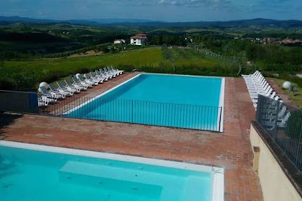 Panoramica delle piscine - Panoranic views swimming pools